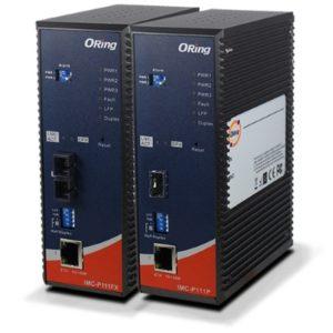 Convertor media industrial de la 1 port Ethernet la 1 port fibra optica cu certificare IEC 61850-3 si EN50155